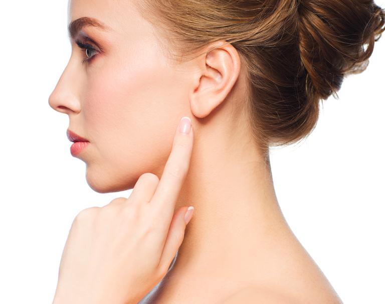 Otoplastie et chirurgie des oreilles décollées par le Dr Marchac