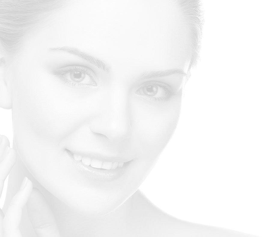 Lifting du visage, des lèvres et du cou à Paris 16 | Dr Marchac