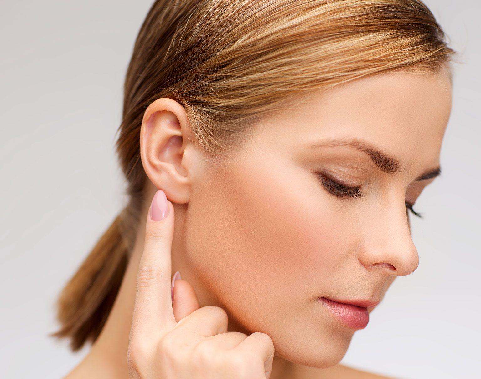 Les techniques de chirurgie des oreilles avec le Dr Marchac à Paris 16